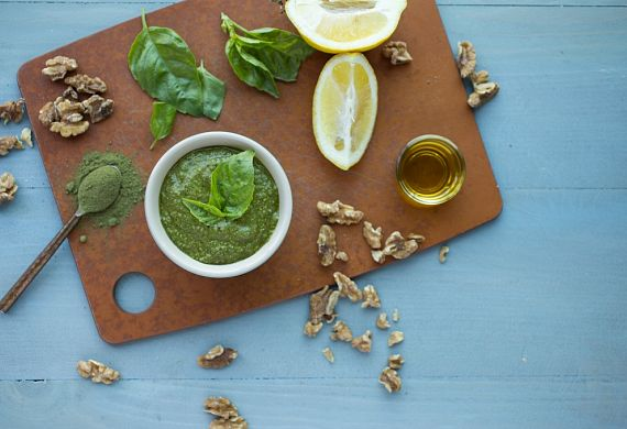 Raw Superfood Pesto